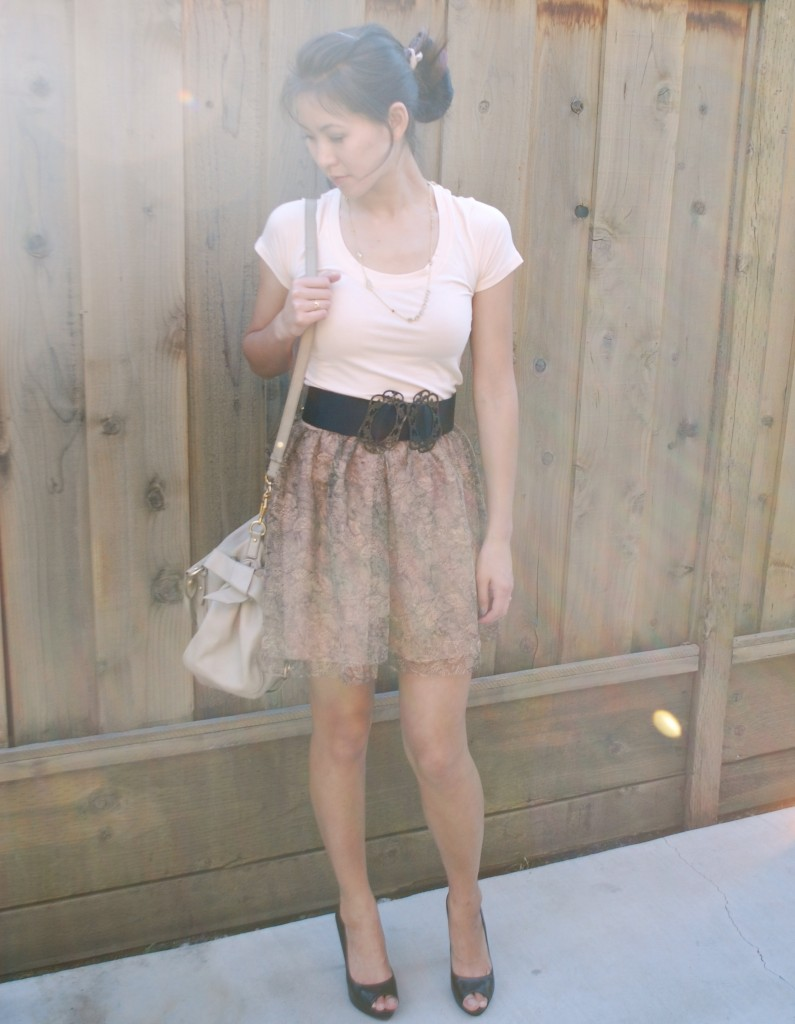 Tulle skirt t-shirt outfit