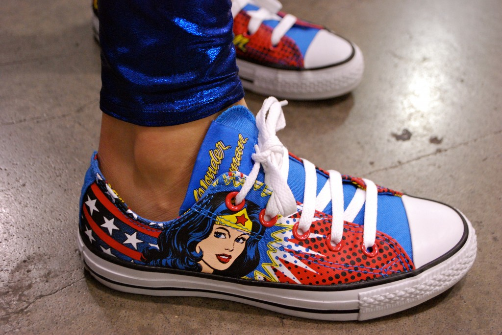 Wonder Woman Shoes - the stylish geek