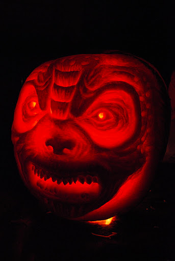 Gears of War Locust Pumpkin Lit