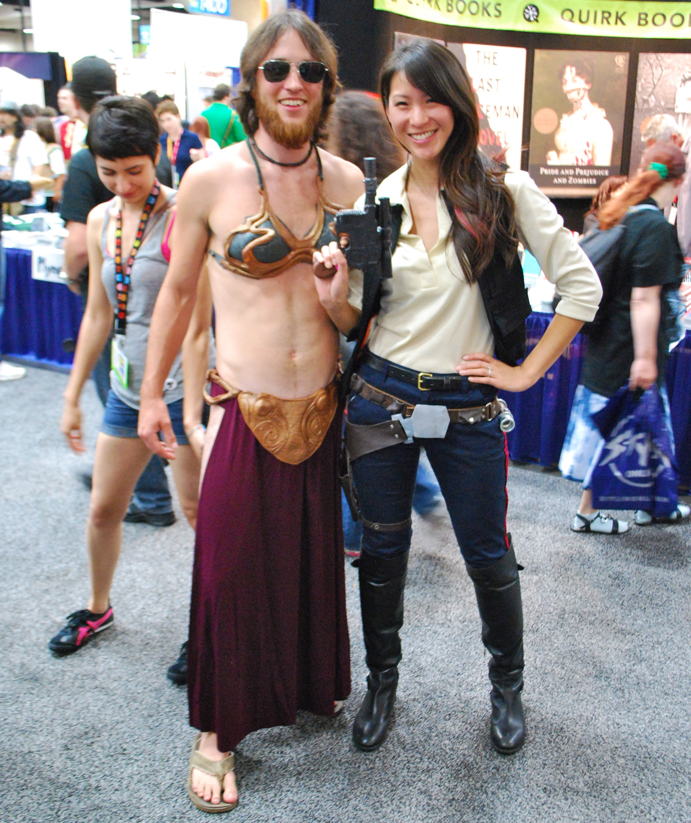 Female Han Solo and Male Leia Cross Dressers - San Diego Comic Con 2012