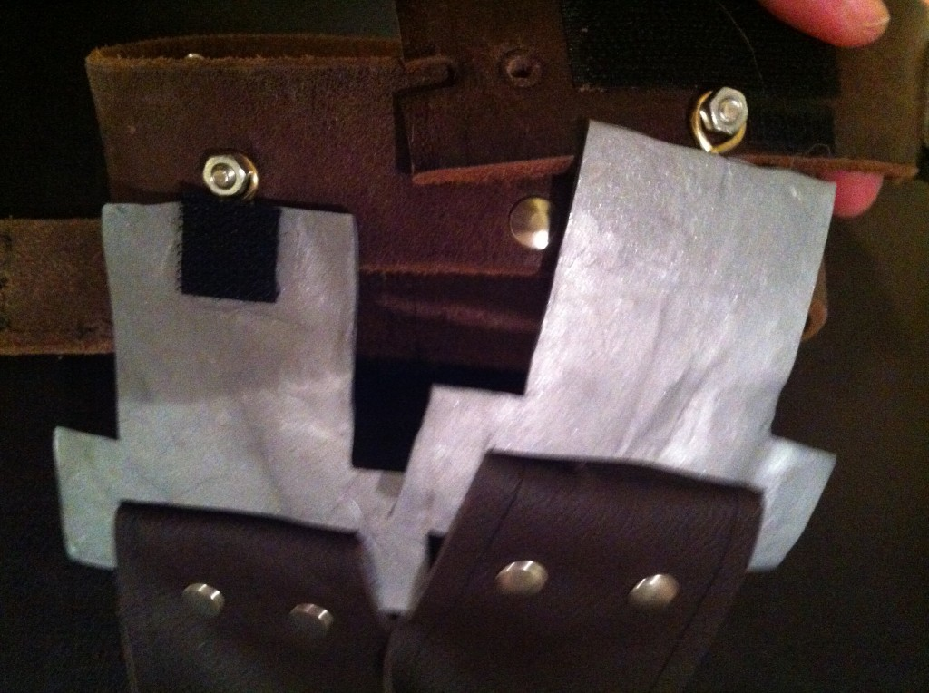 Han Solo Belt Holster Buckles - cosplay tutorial