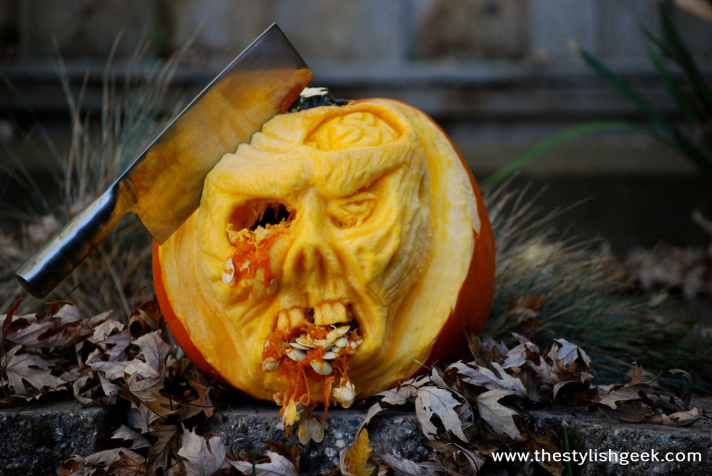 Walking Dead Zombie Pumpkin w/Cleaver - extreme 3d pumpkin carving