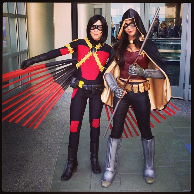 Oh snap! Double Robins! #redrobin #new52 #robin #arkhamcity #cosplay #comics #gaming #wondercon #thestylishgeek