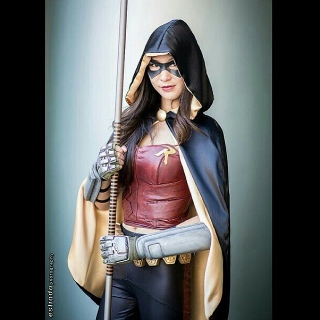 Love this shot by @innercitygeeks! #robin #arkhamcity #cosplay #batman #dc #gaming #videogames #wondercon #thestylishgeek