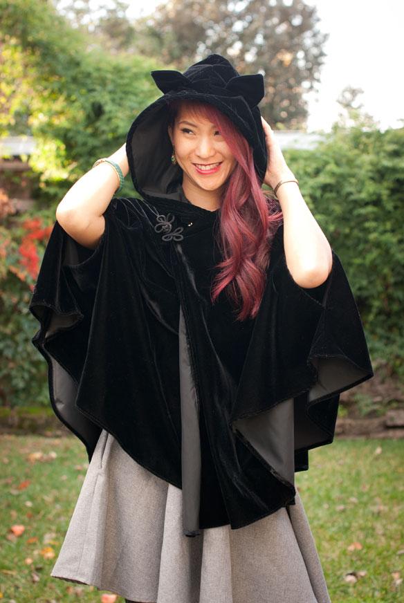 1138 Clothing Kitty Cloak