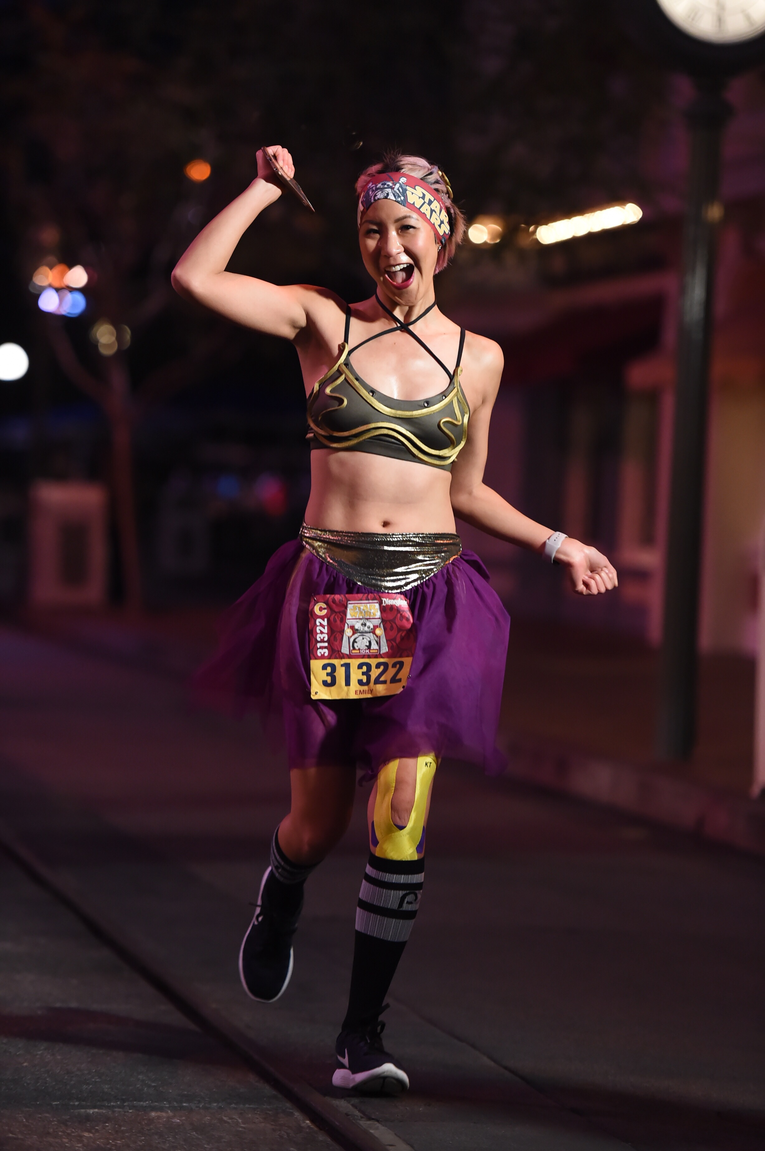 Star Wars 10k 2017 - slave leia running outfit